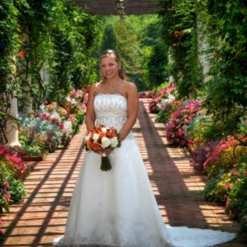 Outdoor Bridal Portrait - Daniel Stowe Botanical Garden